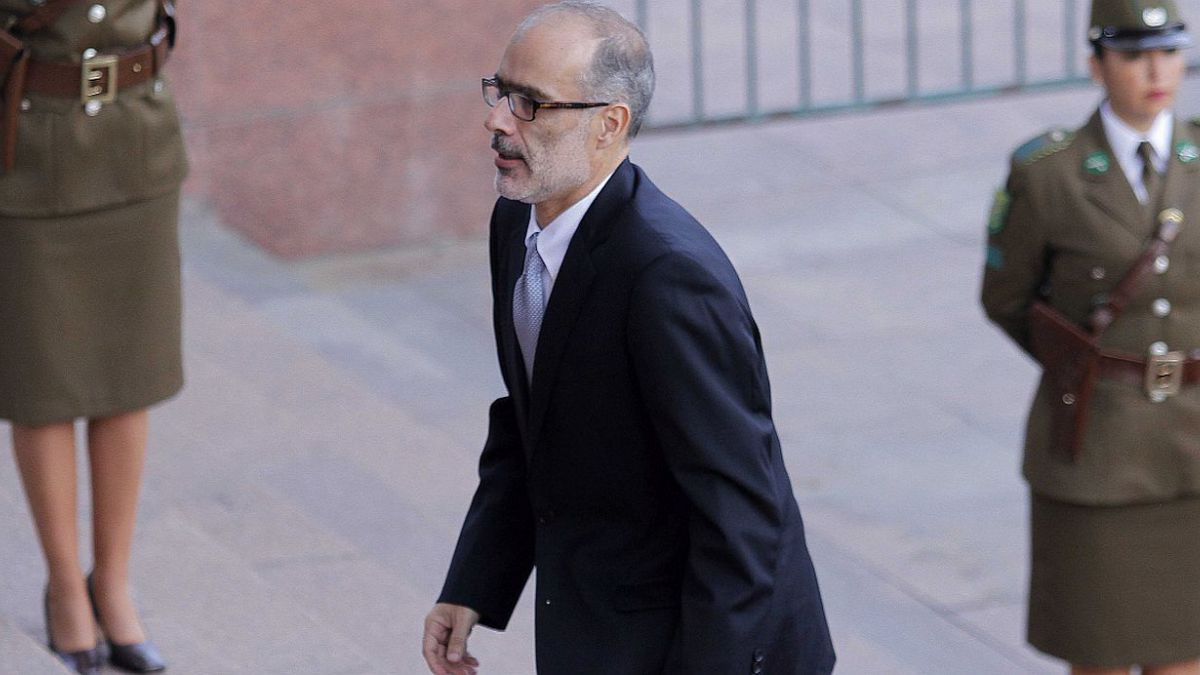 Ministro Valdés se reúne con Cieplan en medio de debate por reforma laboral