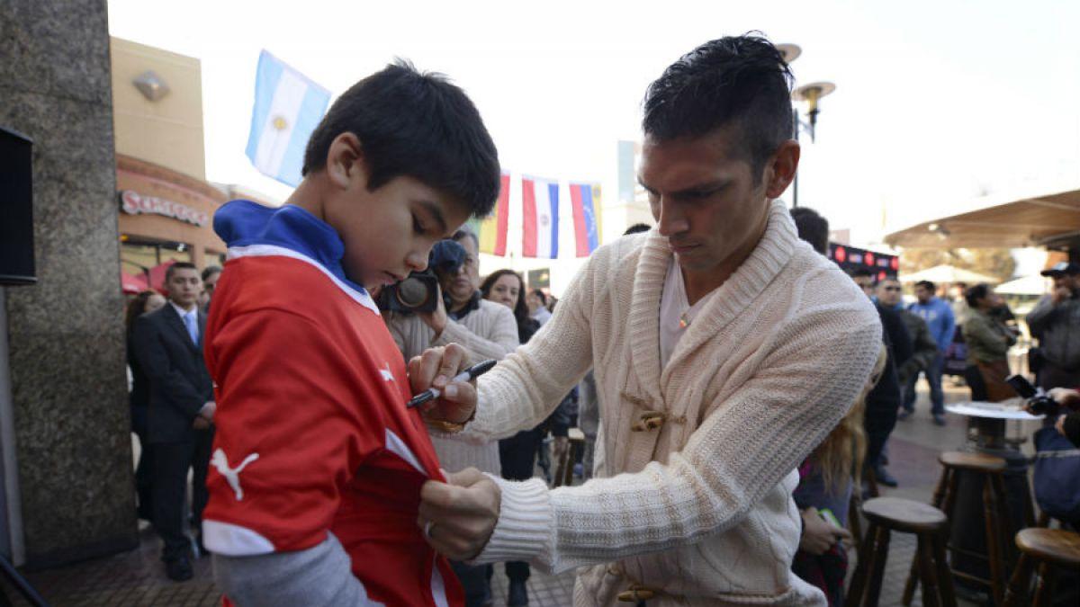 [FOTOS] Jugadores de la Roja inauguran Fan Fest para Copa América