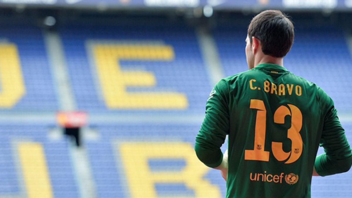 Claudio Bravo se sumó a los trabajos del Barcelona