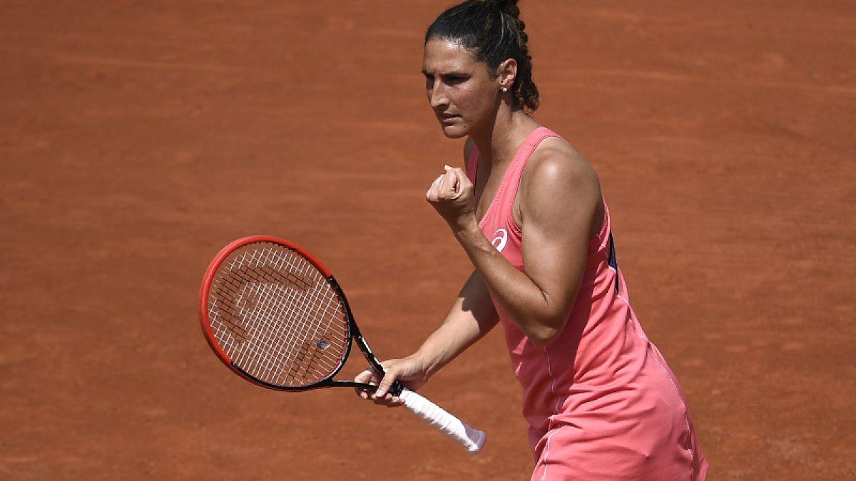 [VIDEO] Los insólitos saques de Virginie Razzano en el Roland Garros