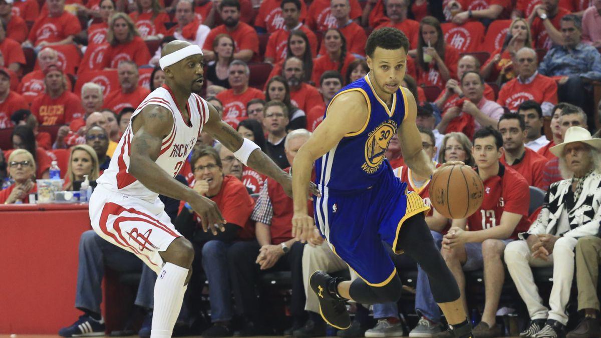 [VIDEO] La dura caída de Stephen Curry durante duelo de los Warriors y Rockets