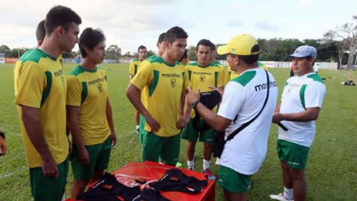 Volante sueco boliviano recuerda partido con Chile y capitán se vuelve a lesionar