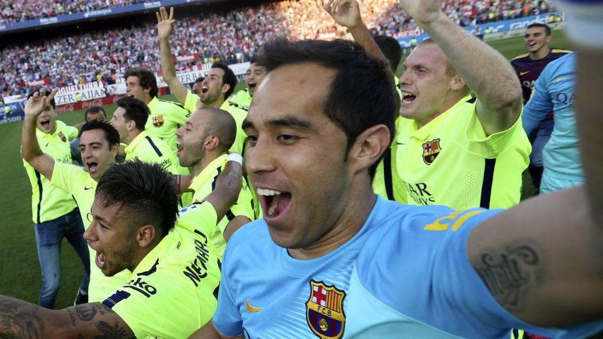 Bravo y 10 más: El chileno en la oncena ideal de la liga española
