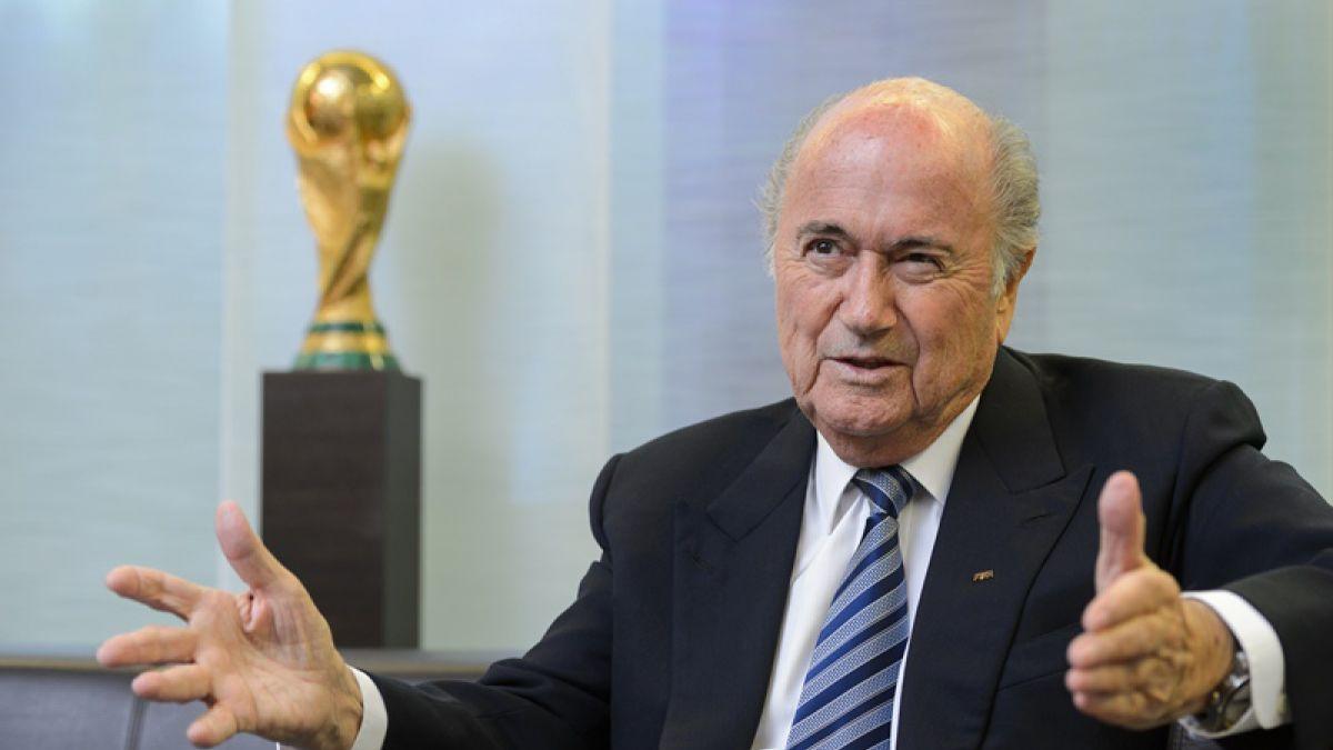 Medio alemán asegura que Blatter encargó artículo negativo contra Platini