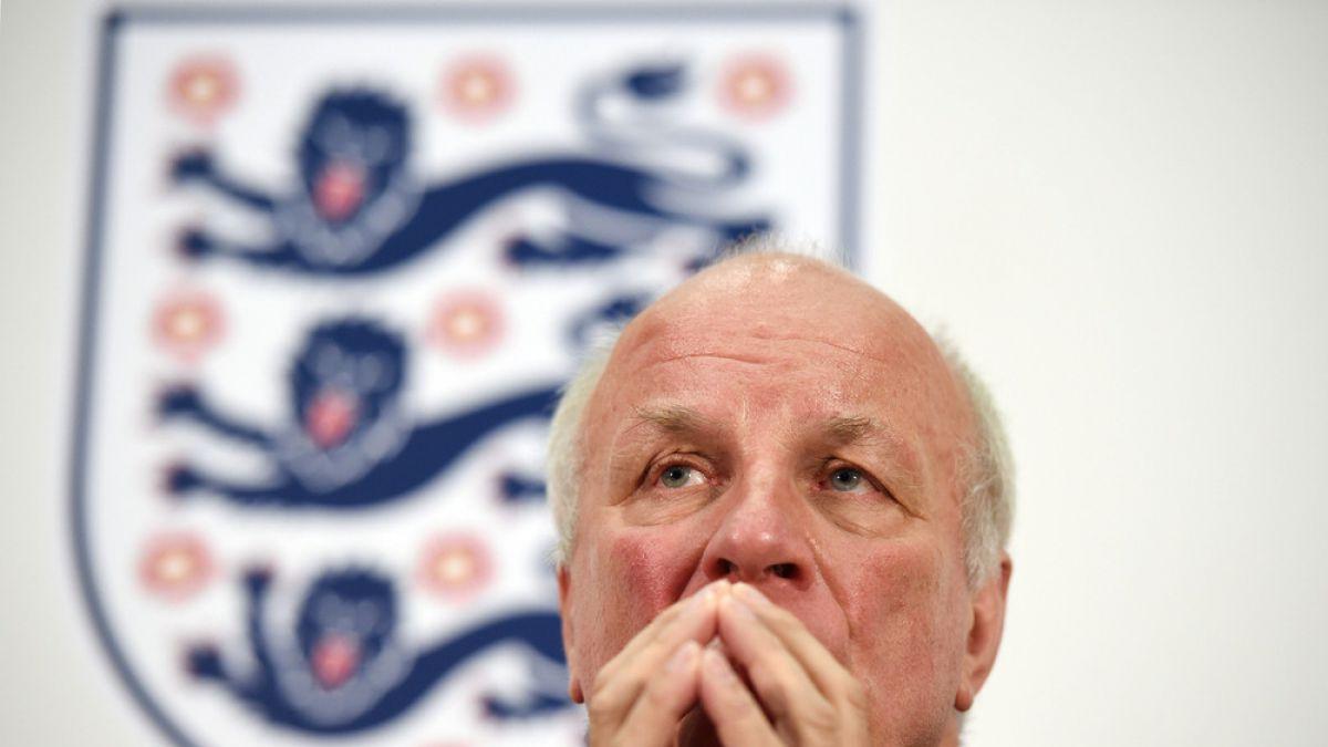 Presidente de la Federación Inglesa de Fútbol insta a Blatter a marcharse
