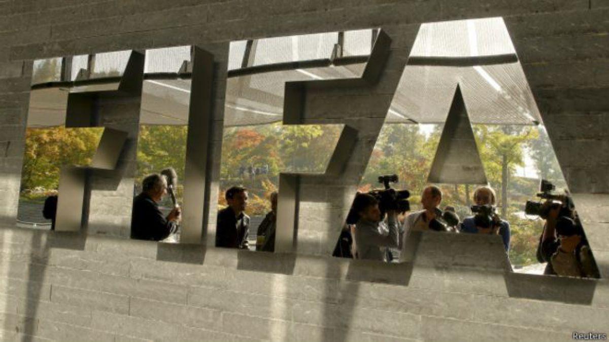 EEUU pide extradición de siete funcionarios de la FIFA detenidos en Suiza