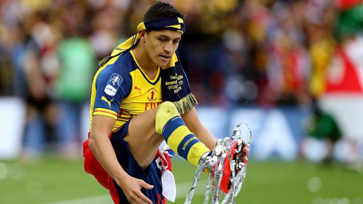 Arsenal se preocupa de cada acción que realiza Alexis