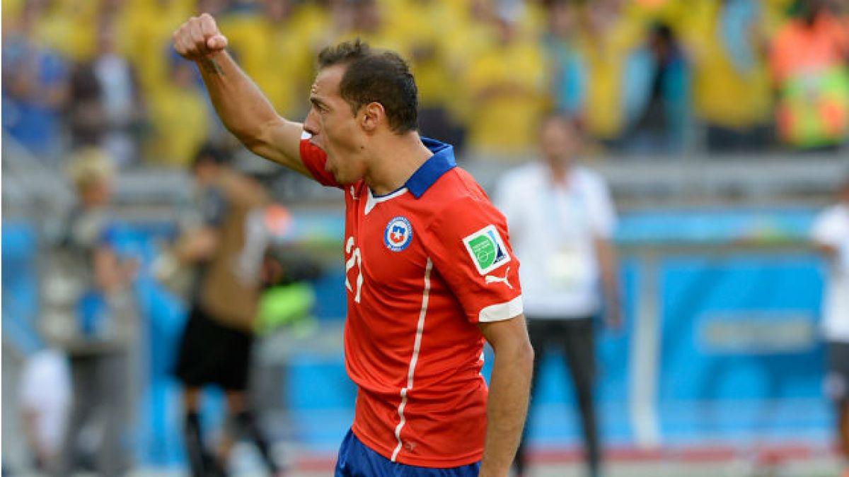 Marcelo Díaz llegará como héroe a la Roja tras salvar al Hamburgo del descenso