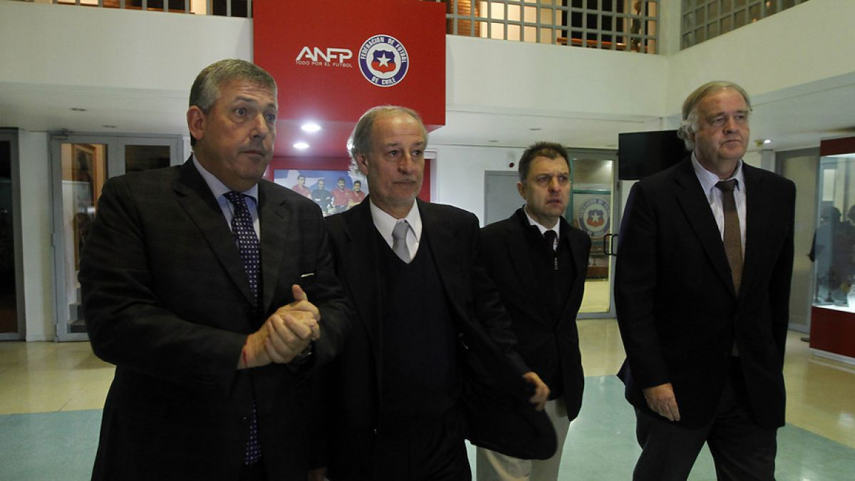 Clubes chilenos piden auditorías a la ANFP para aclarar acusaciones de corrupción