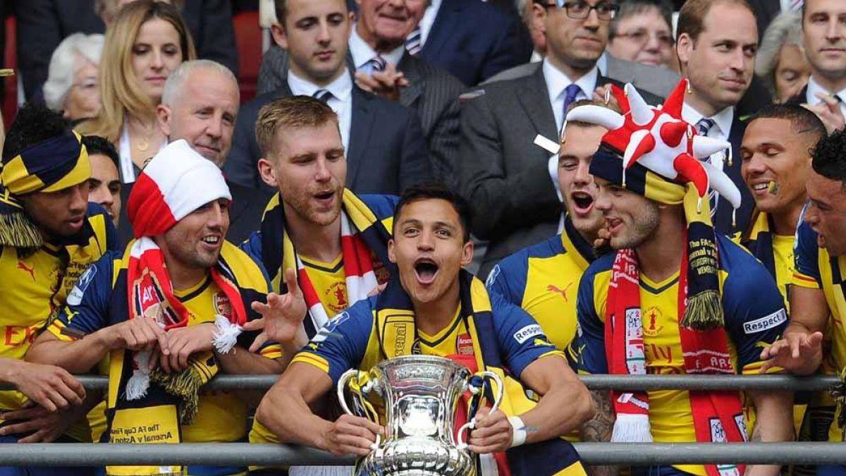 Alexis comparte junto a Henry, Bergkamp y más el once histórico del Arsenal