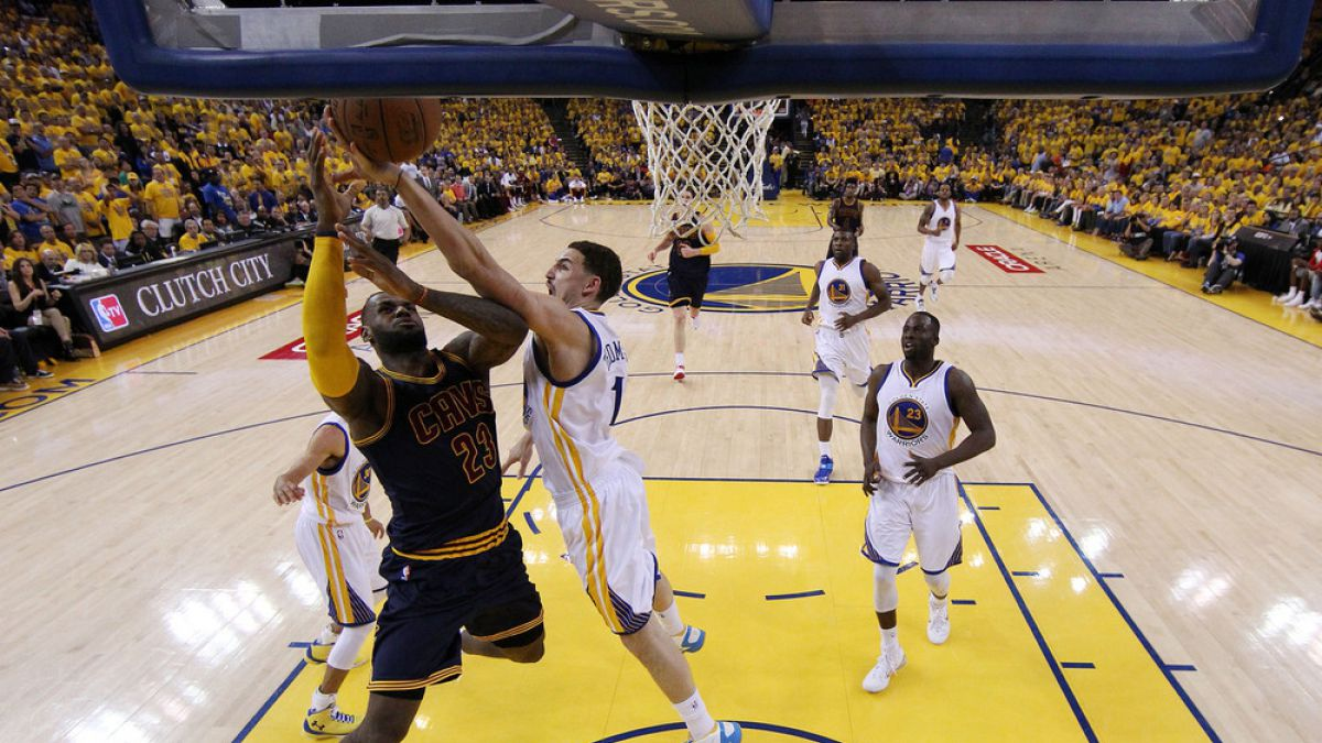 Con un inspirado LeBron James Cleveland empata la final NBA con Golden State