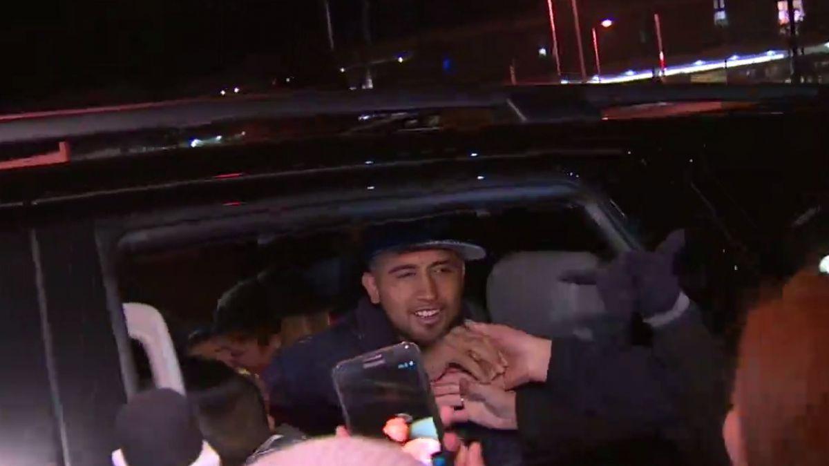 [VIDEOS] Arturo Vidal arribó a Chile para disputar la Copa América