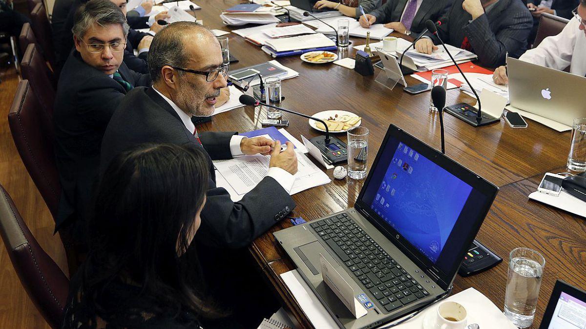 Reforma laboral: Valdés insiste en necesidad de mantener equilibrios y mirada macroeconómica