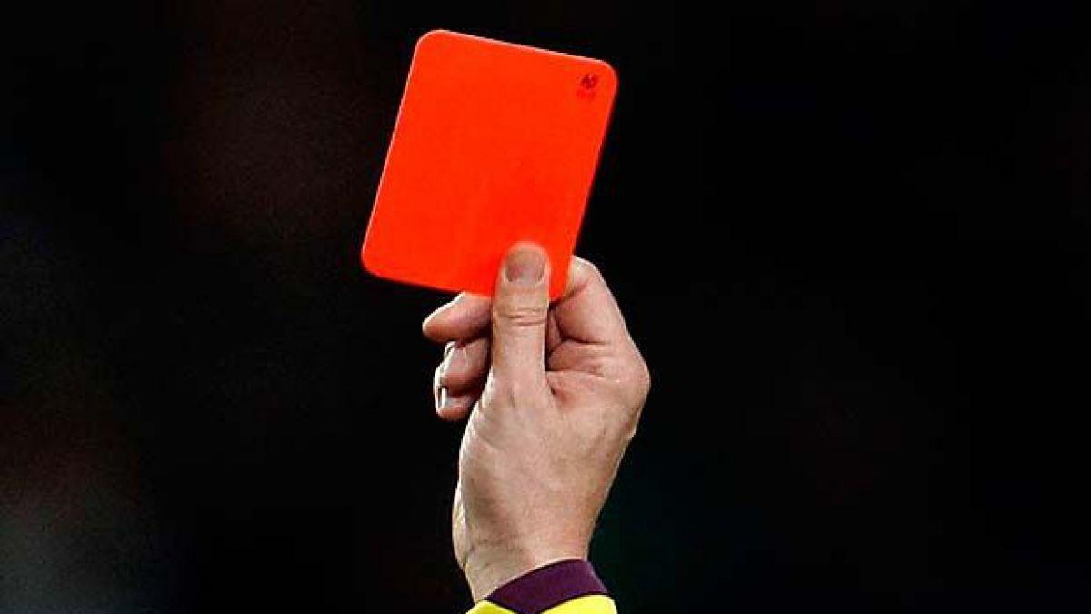 Tarjeta roja en Noruega a jugador que trató a otro jugador de homosexual