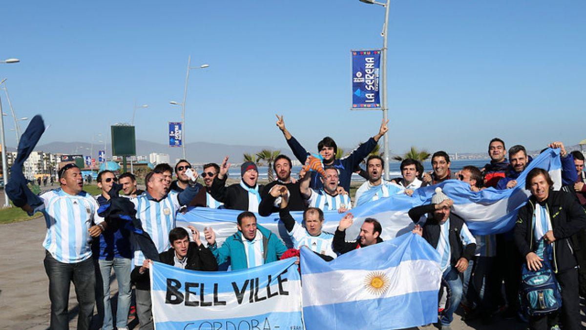 [VIDEO] Extranjeros aprovechan la Copa América para conocer Chile