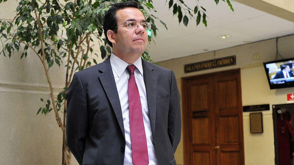 Ministro de Economía por precio del cobre: Chile tiene la capacidad para resistir