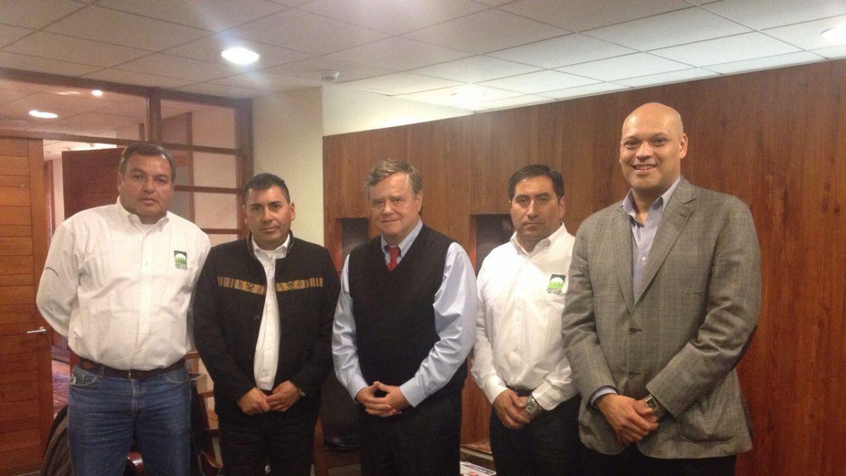 Corfo-SQM: Trabajadores de filial Salar se reúnen con Patricio de Solminihac