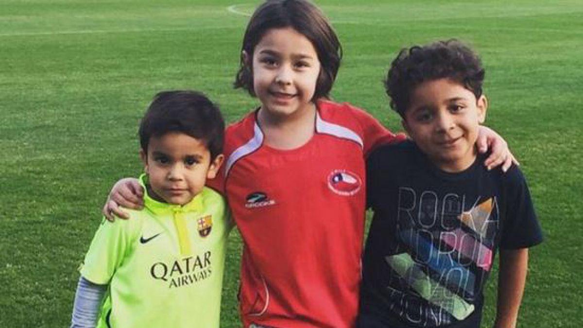 Jugadores de la Roja disfrutan con su familia en Pinto Durán