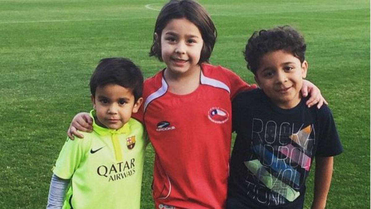 Los padres de La Roja celebran su día en Facebook e Instagram
