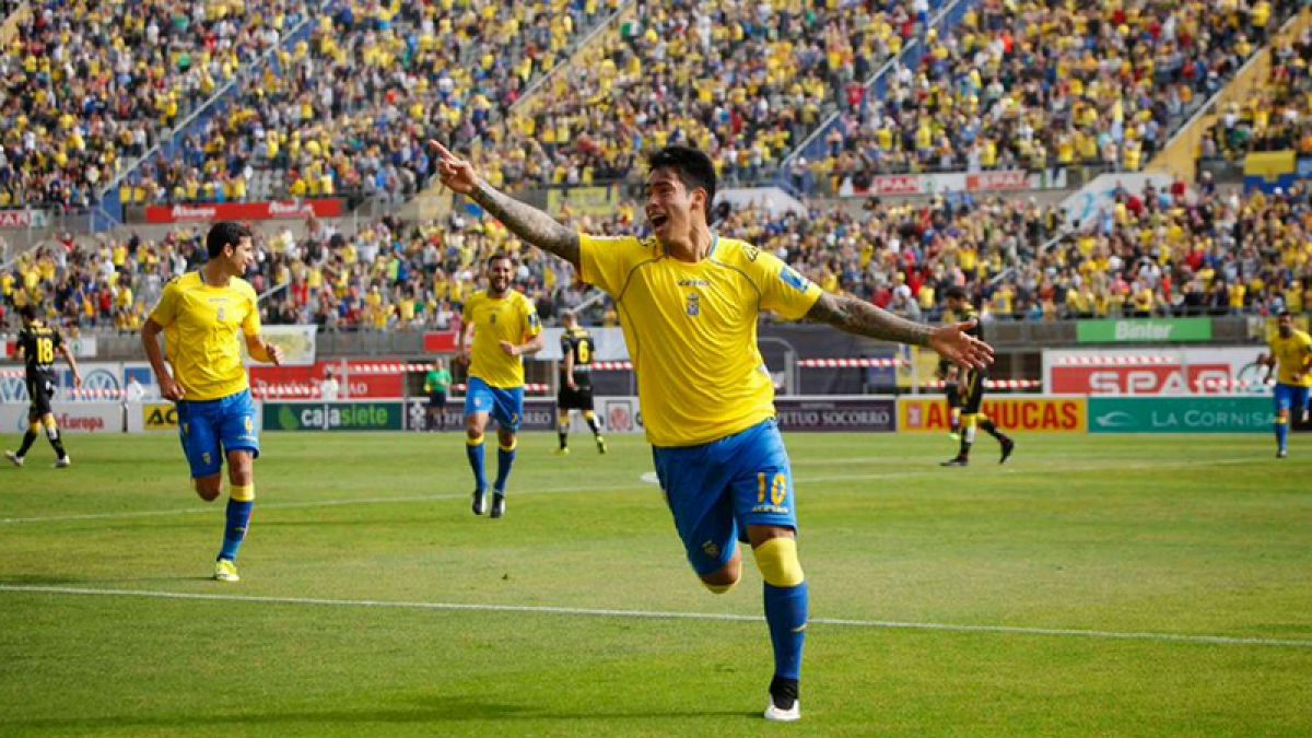 El equipo español donde han brillado futbolistas chilenos y que ahora volvió a la primera división