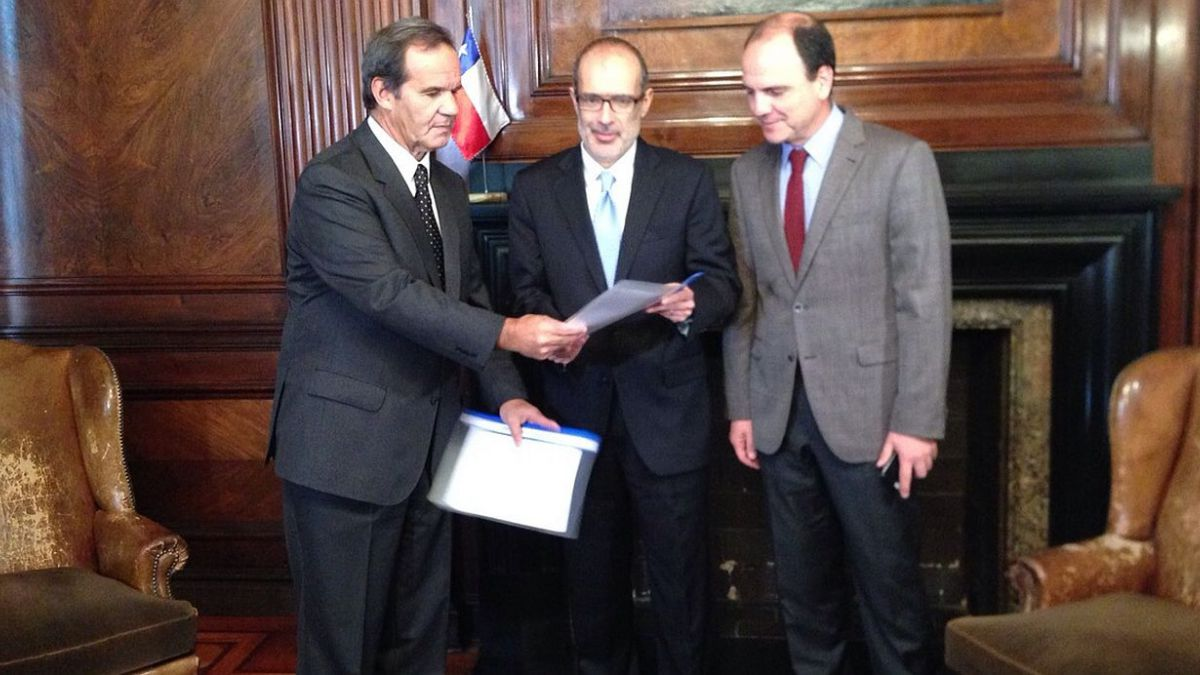 RN propone a ministro de Hacienda una serie de medidas para impulsar la reactivación