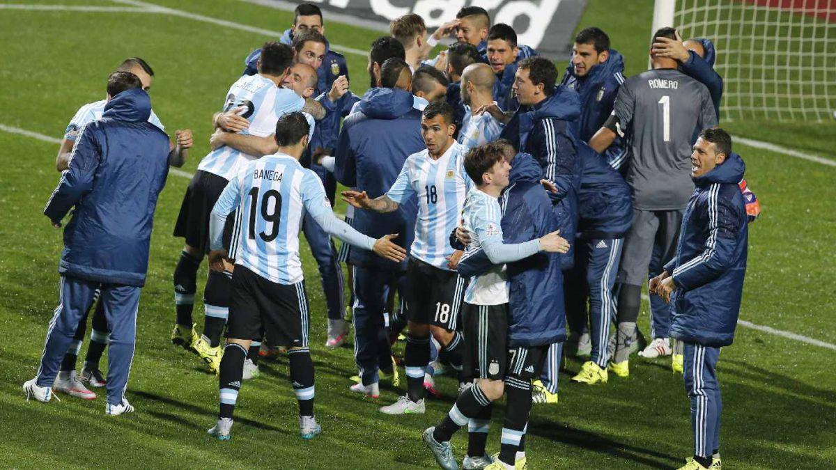 [VIDEO] La emocionante definición a penales entre Argentina y Colombia