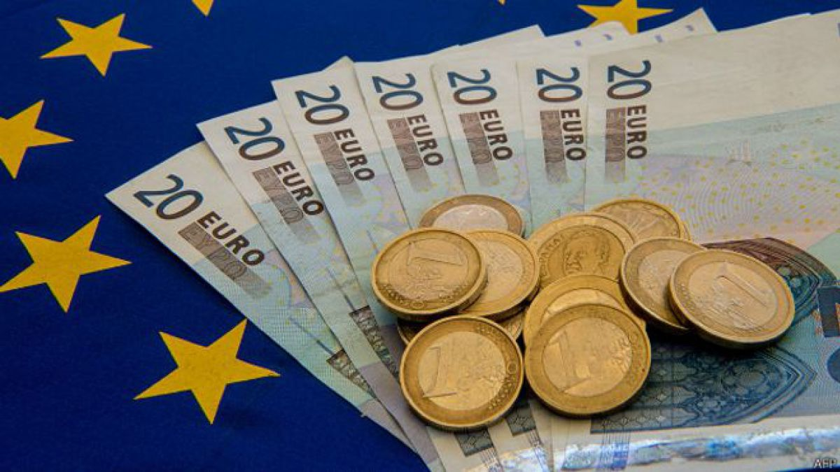El euro se recupera tras la dimisión del ministro griego de Finanzas