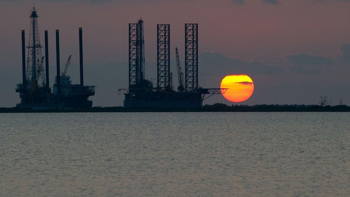 Los precios del petróleo progresan en el mercado asiático