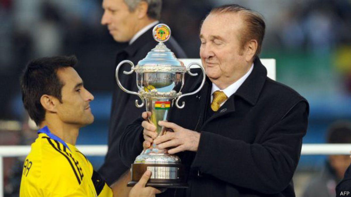 Por qué la copa del subcampeón de la Copa América lleva la bandera de Bolivia