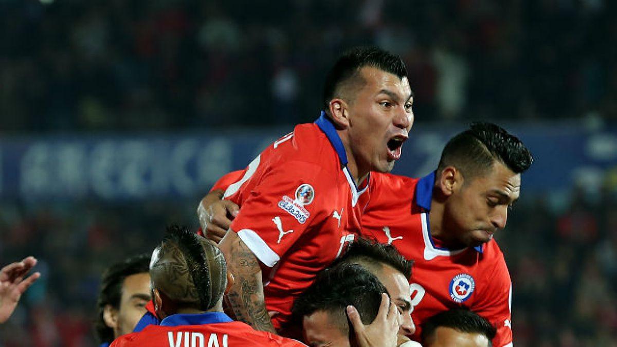 """Gary Medel ya viene a unirse a la """"Roja"""" junto a Claudio Bravo y Arturo Vidal"""