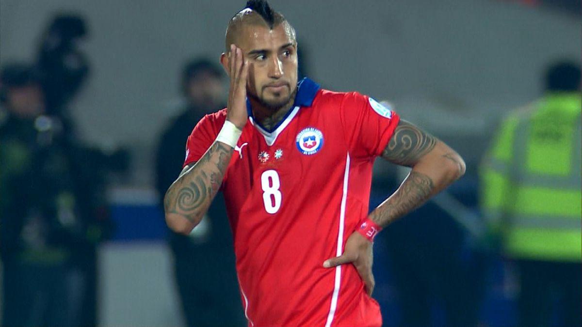 Defensa de Bayern Munich da la bienvenida a Arturo Vidal al club