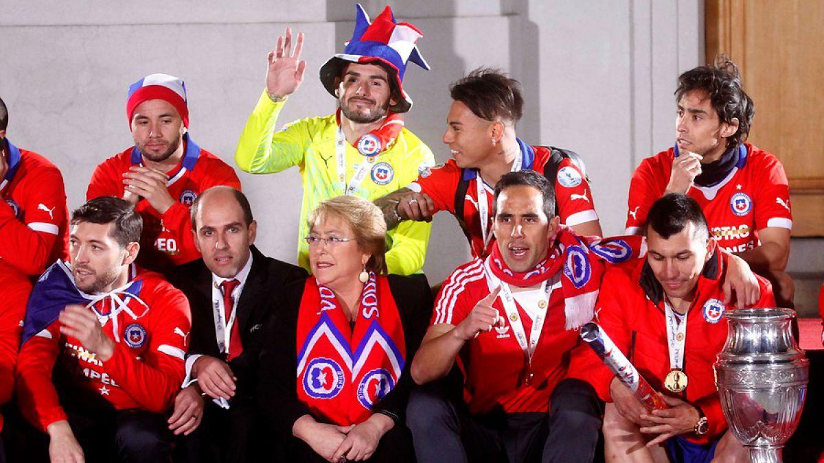 [VIDEOS] La Roja celebra en La Moneda su triunfo en Copa América