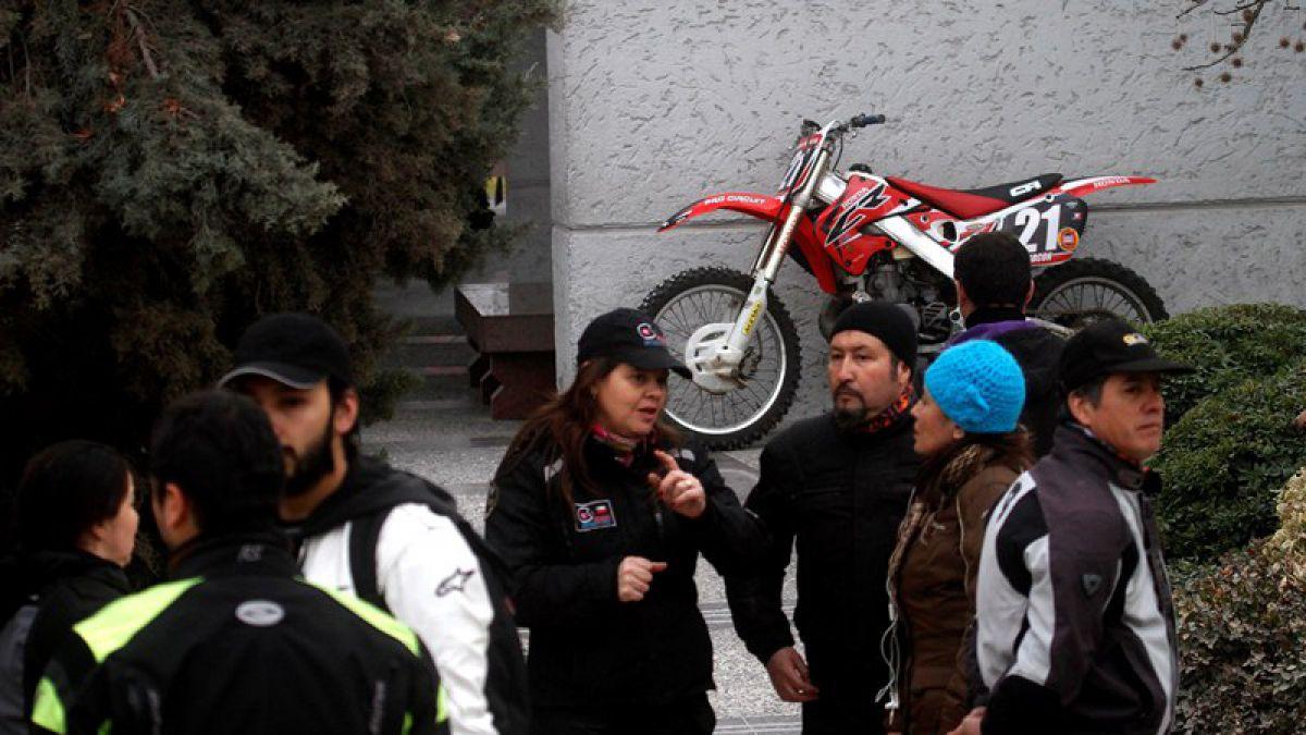 Motociclistas, familiares y amigos despiden a Carlo de Gavardo
