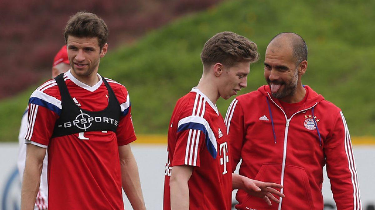 Thomas Müller y Josep Guardiola se pelean en entrenamiento de Bayern Múnich