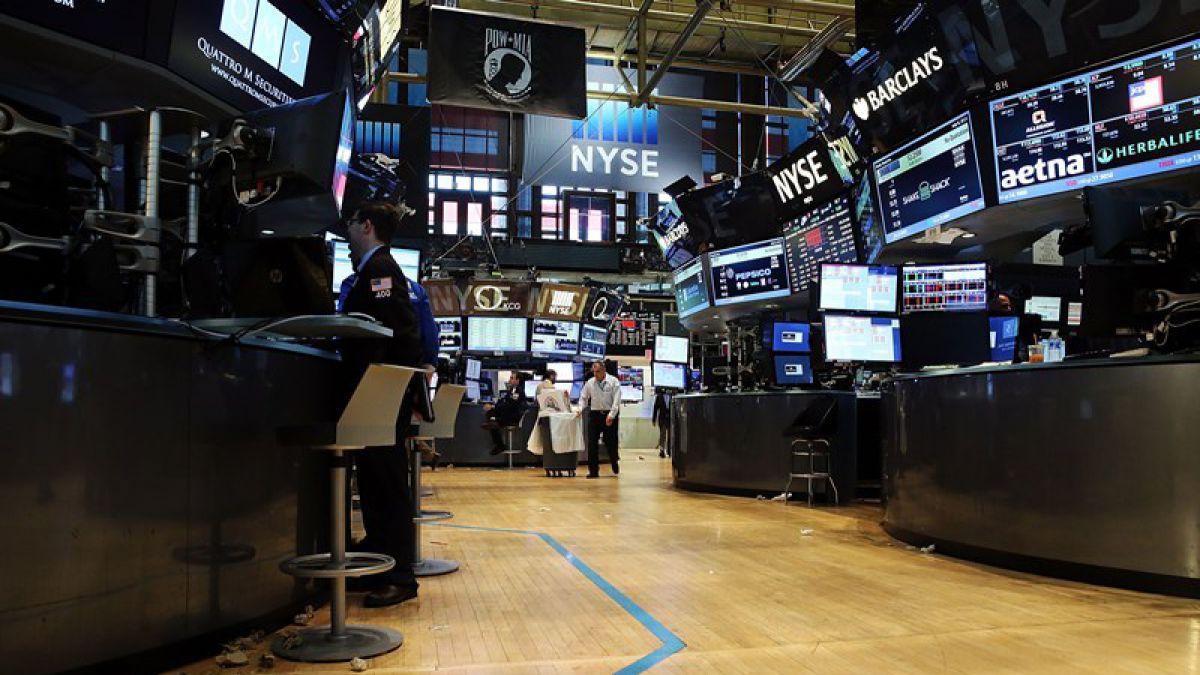 Bolsa de Nueva York reabre operaciones tras caída de casi 4 horas