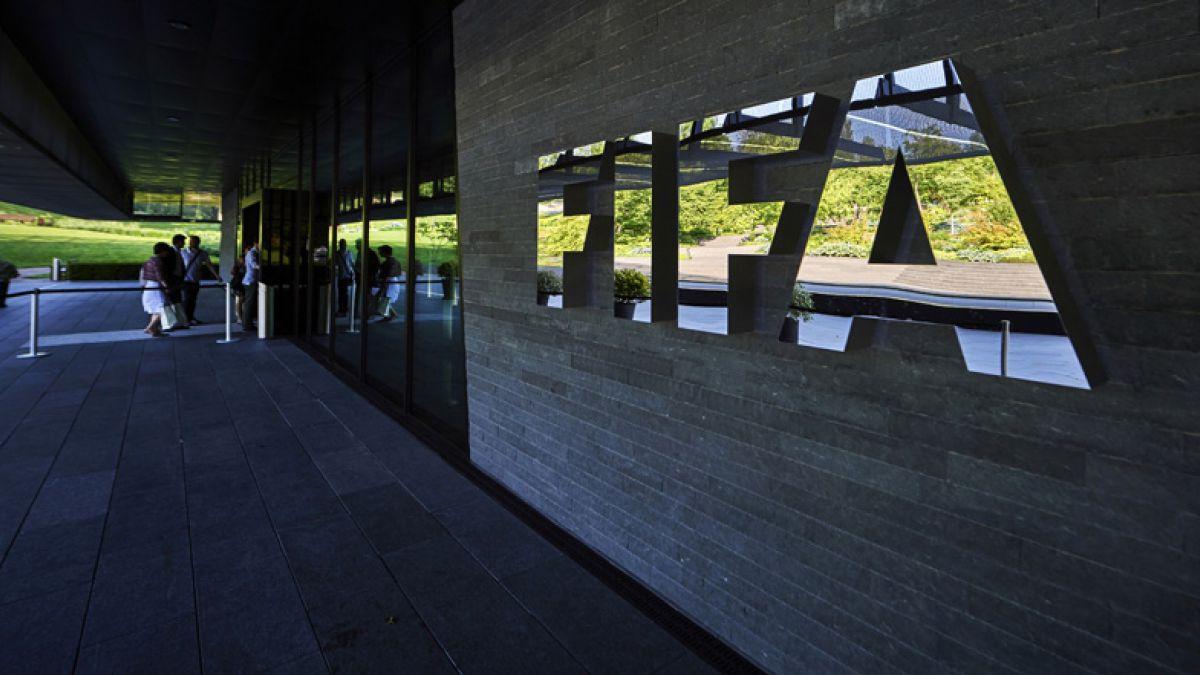 Uno de los siete dirigentes de la FIFA detenidos en Suiza acepta extradición a EE.UU.