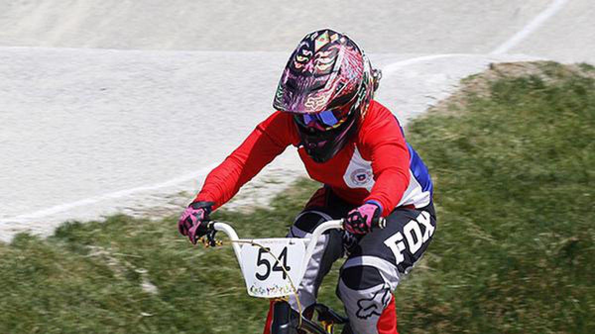 Chilena Rosario Aguilera queda fuera de la Súper Final de ciclismo BMX en Toronto 2015