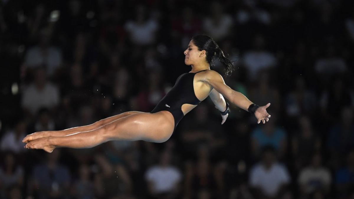 Clavadista brasileña Ingrid de Oliveira falla en salto en los Juegos Panamericanos