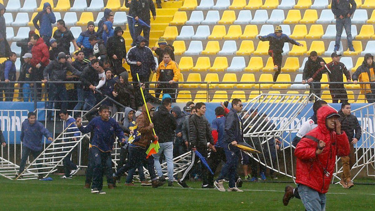 Suspenden duelo entre Everton y Santiago Wanderers por incidentes en el Sausalito