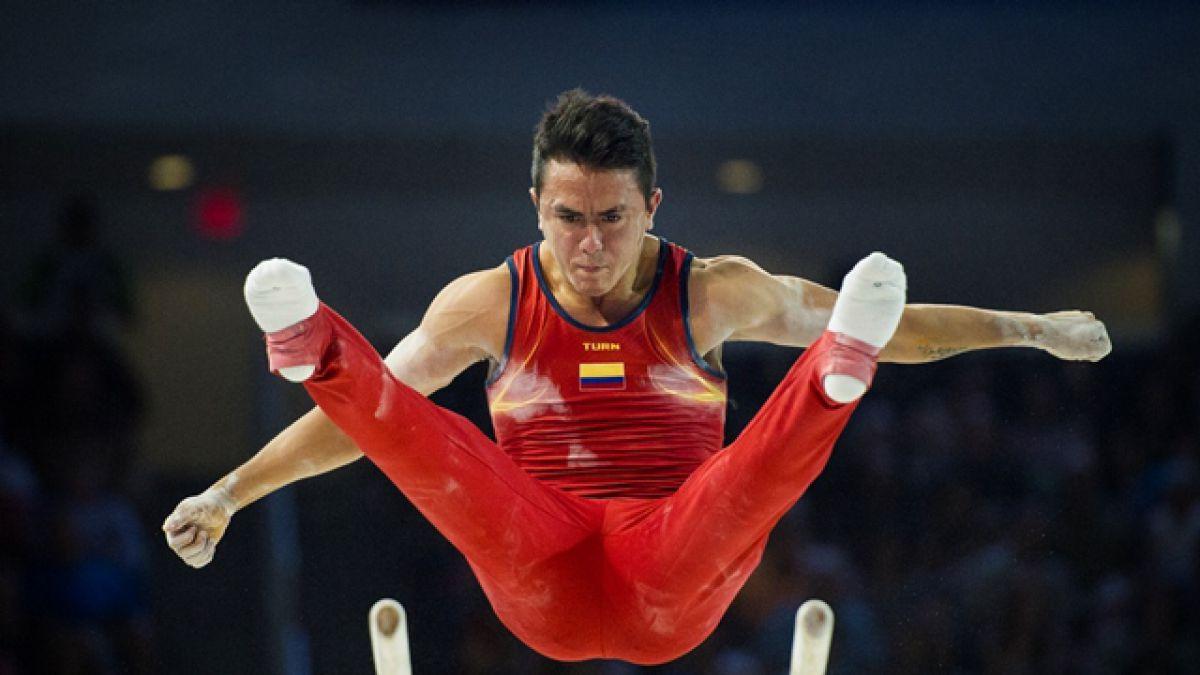 Toronto 2015: Colombiano Calvo comparte medalla de oro en gimnasia