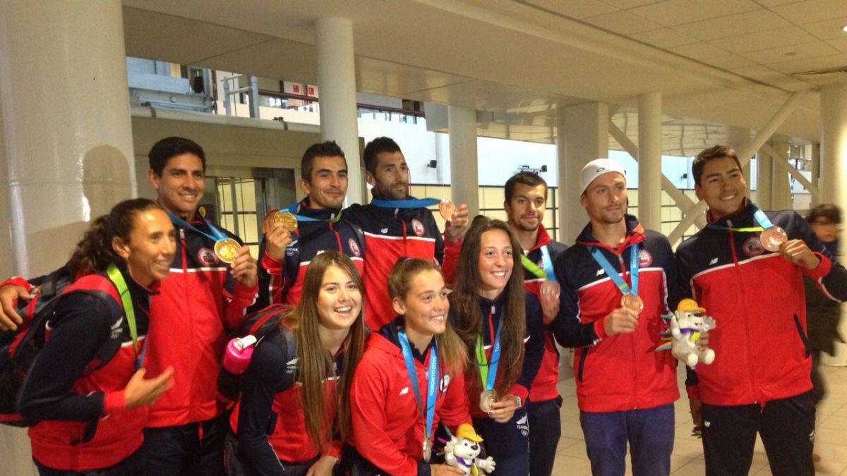 Depotistas de la delegación chilena en los juegos panamericanos llegan al país