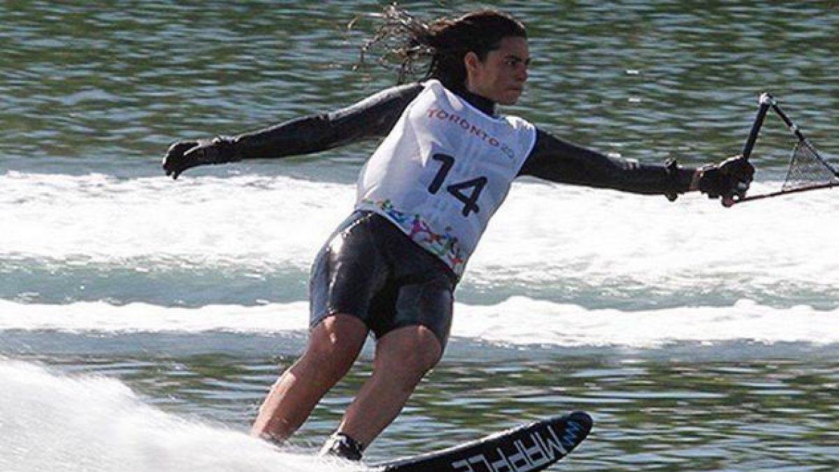 Fernanda Naser se queda con el bronce en salto femenino en esquí náutico