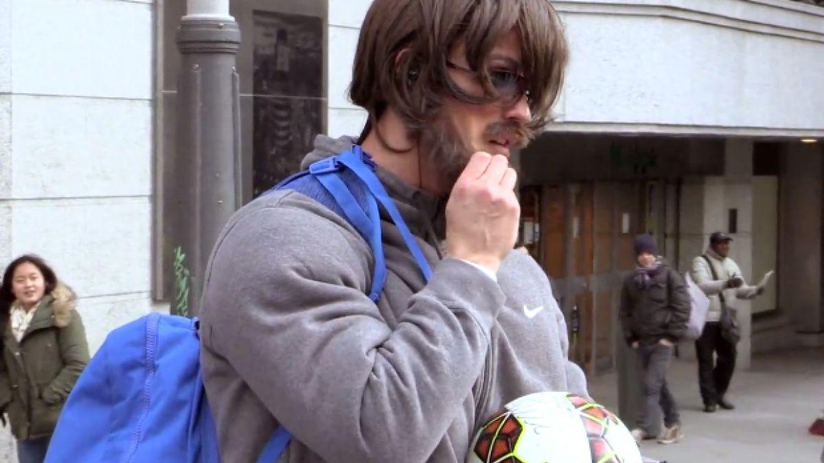 Cristiano Ronaldo sorprende con video completo disfrazado de indigente