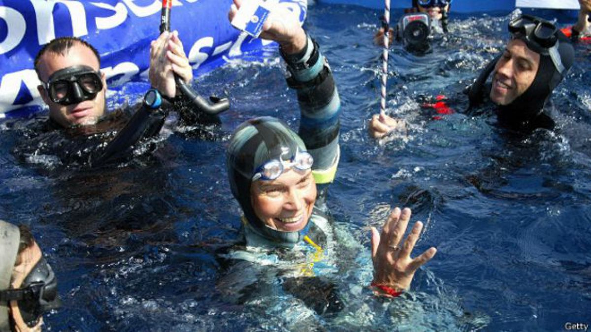 Desaparece en el mar Natalia Molchanova, la apneísta con más récords de la historia