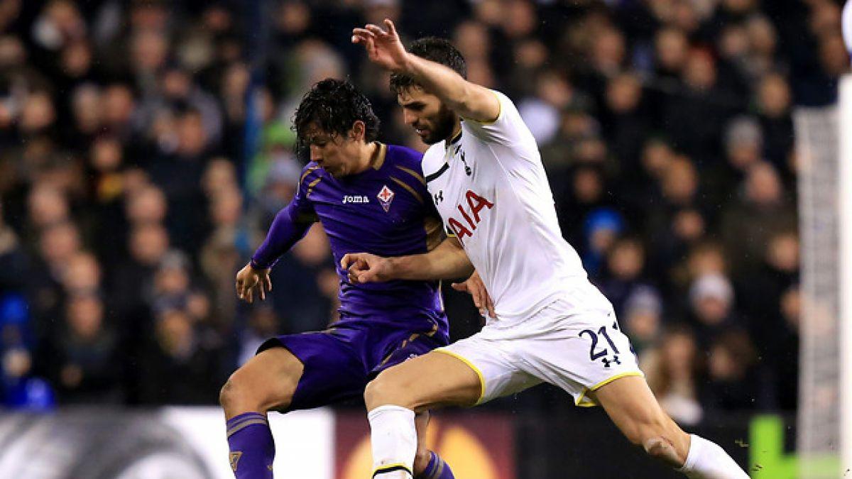 Fiorentina busca extender su vínculo con Matías Fernández