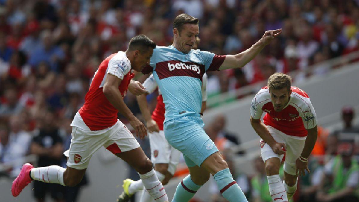 Alexis debuta en decepcionante estreno de Arsenal FC en la Premier League