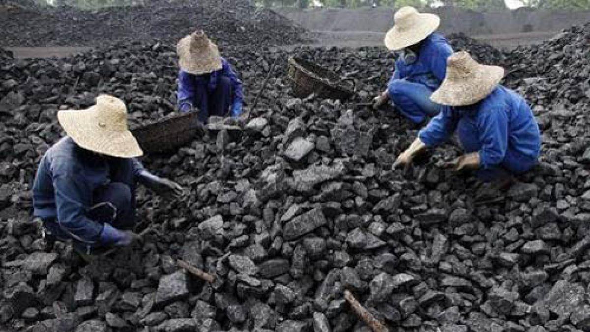 Unas 40 personas desaparecen en un deslizamiento de tierras en China