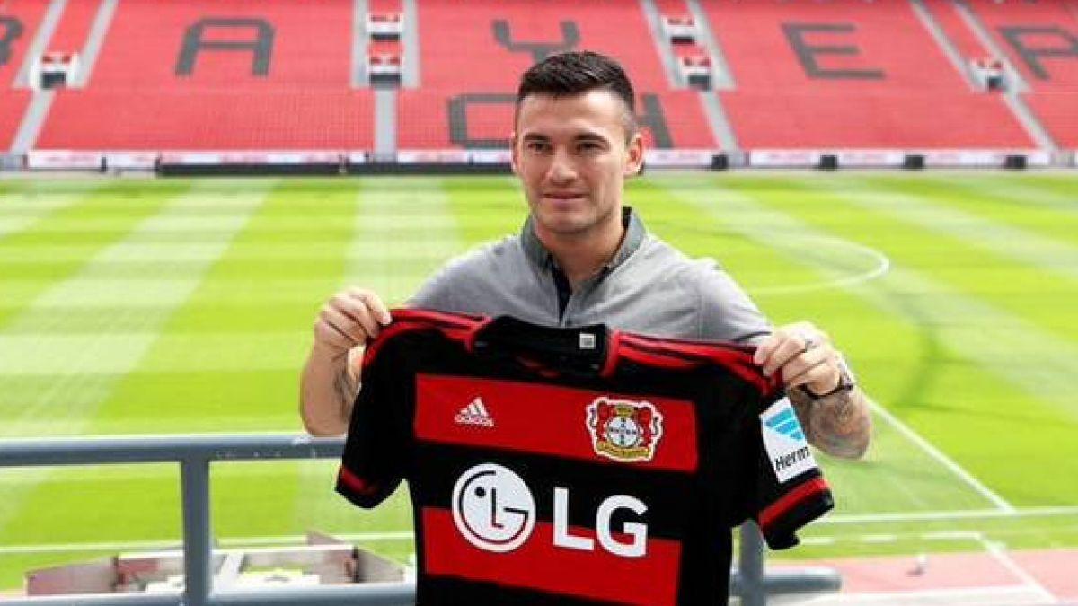 Aránguiz no se achica con comparación con Vidal en presentación en Leverkusen