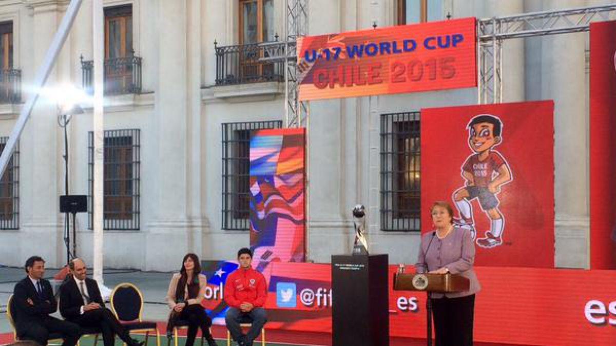 Presentan trofeo del Mundial Sub 17 Chile 2015