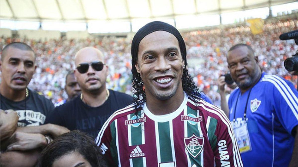 La nueva genialidad con que Ronaldinho deslumbra al mundo desde Brasil